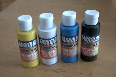 Airbrush barvy na modely